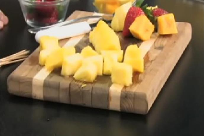 CoxHealth Dietitian Adds Fruit Into the Mix_1953183007487315440
