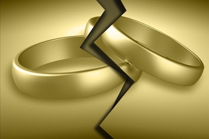 Divorce_-8313968190449433821