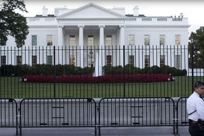 White House fence_-500938695224769380