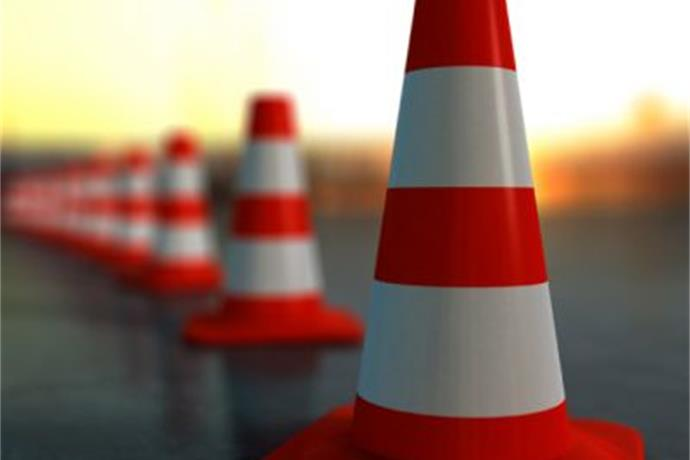 Road Work Tonight on South National_6936106603739565890