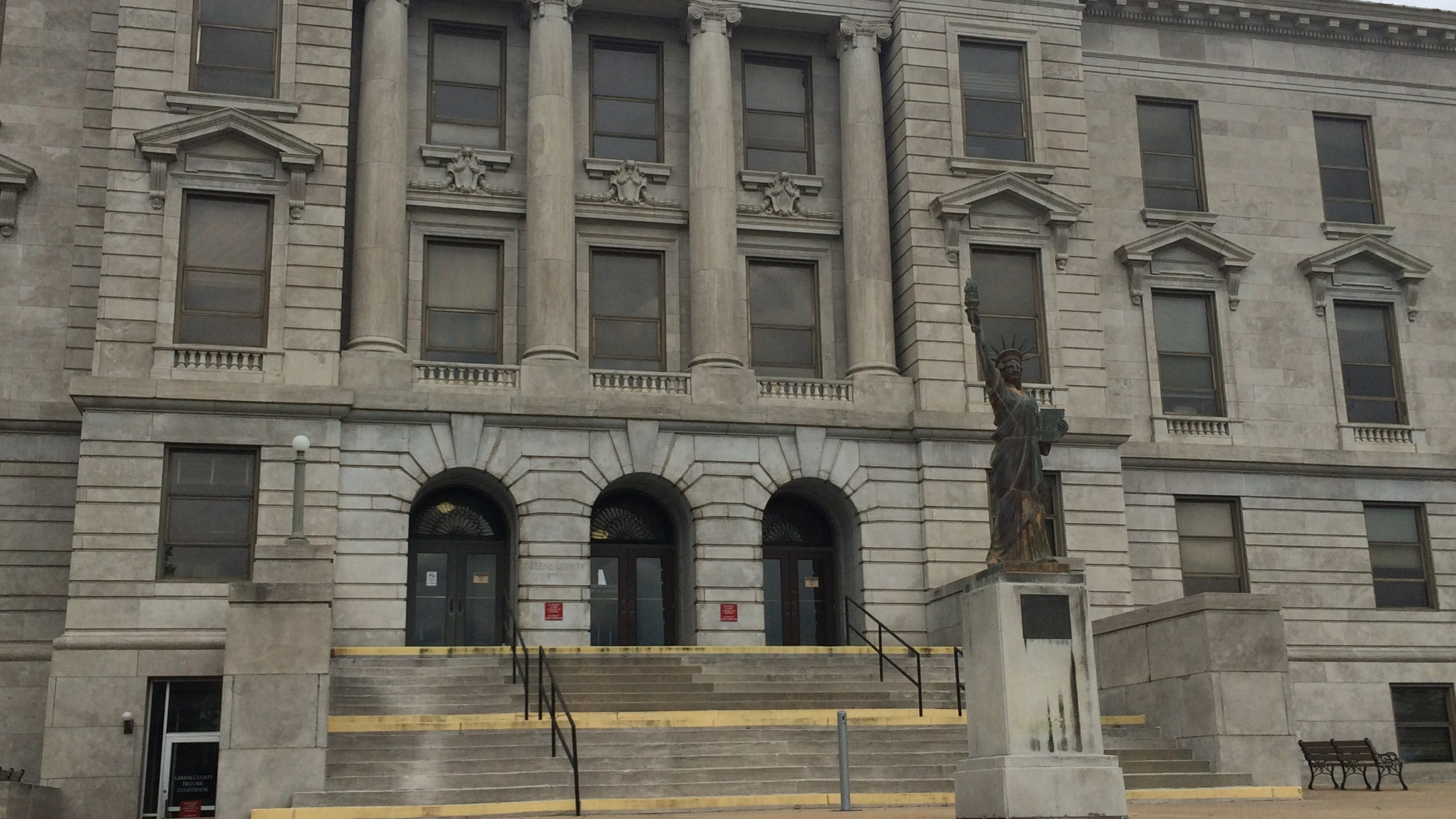 greene county courthouse_1435358528348.JPG