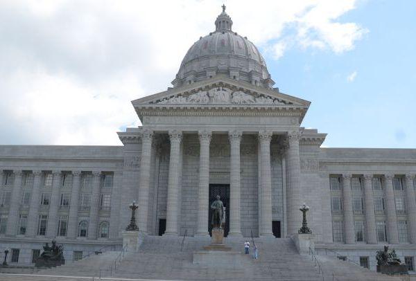 Missouri Capitol_1442232593902.jpg