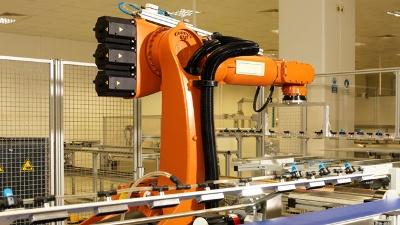 Robot-worker-jpg_20160118173621-159532