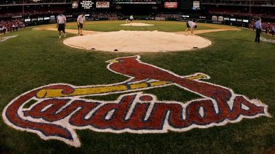 St-Louis-Cardinals-logo-behind-home-plate-jpg_20150616193004-159532