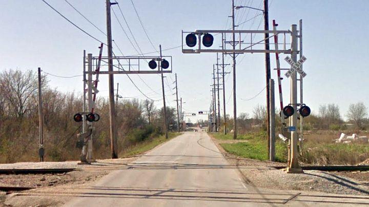 Packer Road RR crossing_1464714442474.jpg