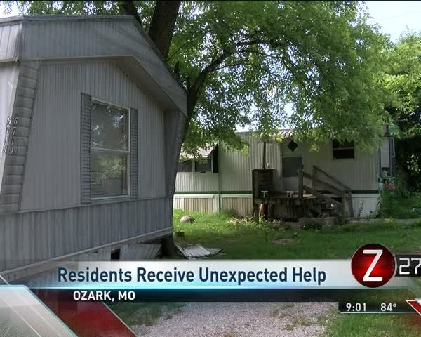 Residents Receive Unexpected Help After Being Evicted_94317576-159532