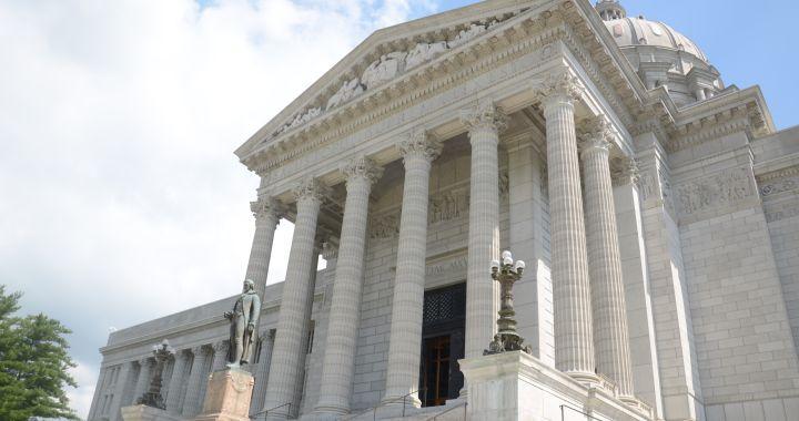 Missouri Capitol2_1439556734050.jpg