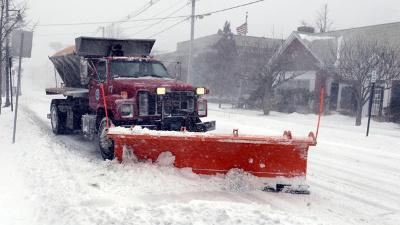 Snowplow-winter-weather-blizzard_20160418175300-159532