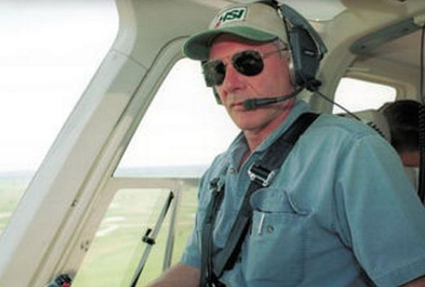 Harrison Ford in plane_1487153703217.jpg
