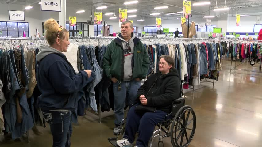-3-400 Returned To Couple After Accidental Donation_06524704