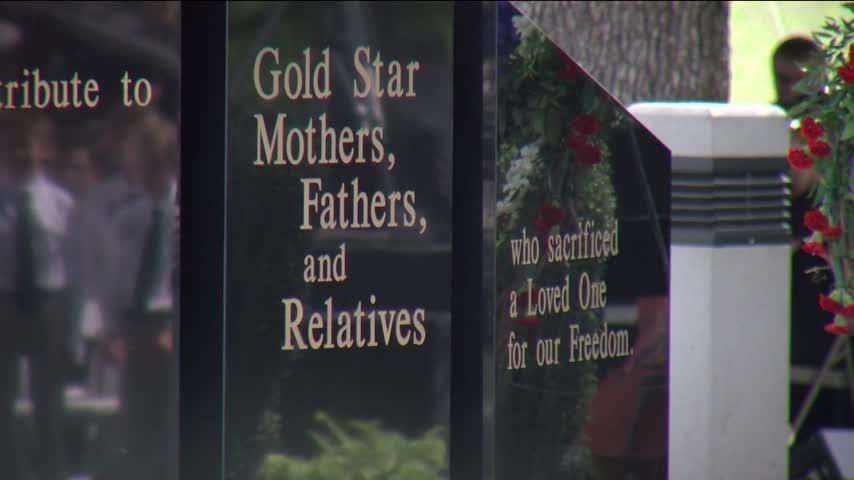 C of O Dedicates Memorial To Gold Star Families_44470932