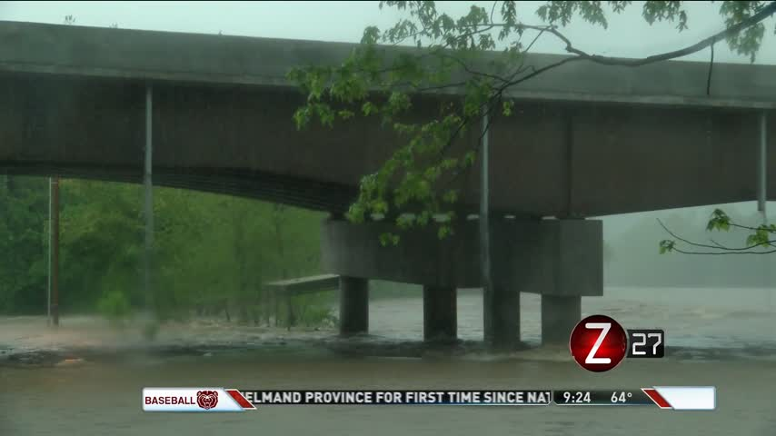 MoDOT Watching James River Flooding_37260076