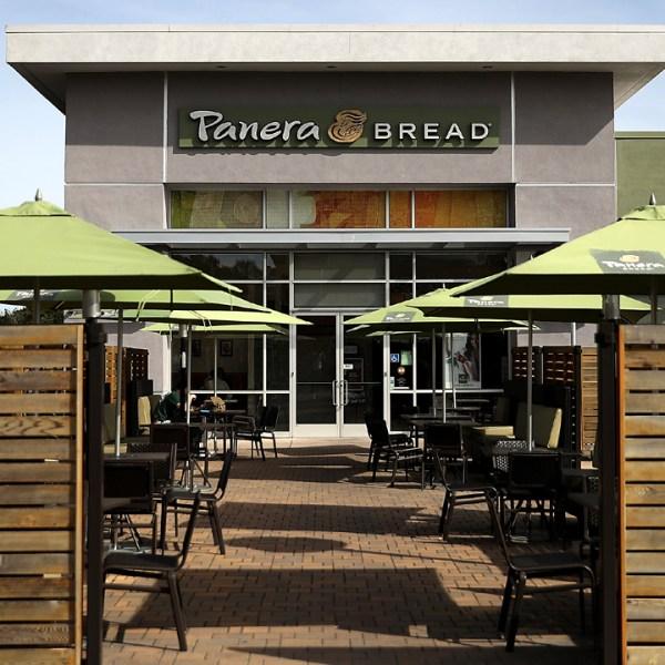 Panera Bread restaurant with patio-159532.jpg01834537