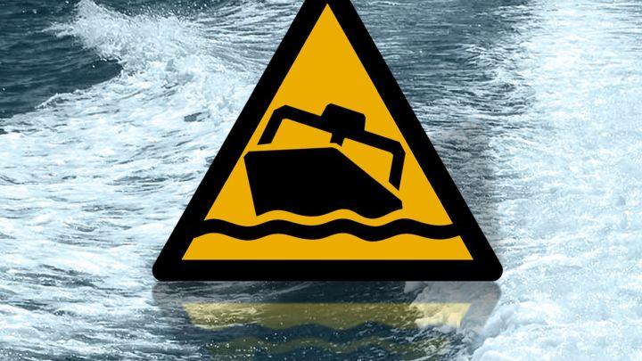 boat crash_1492195834098.jpg