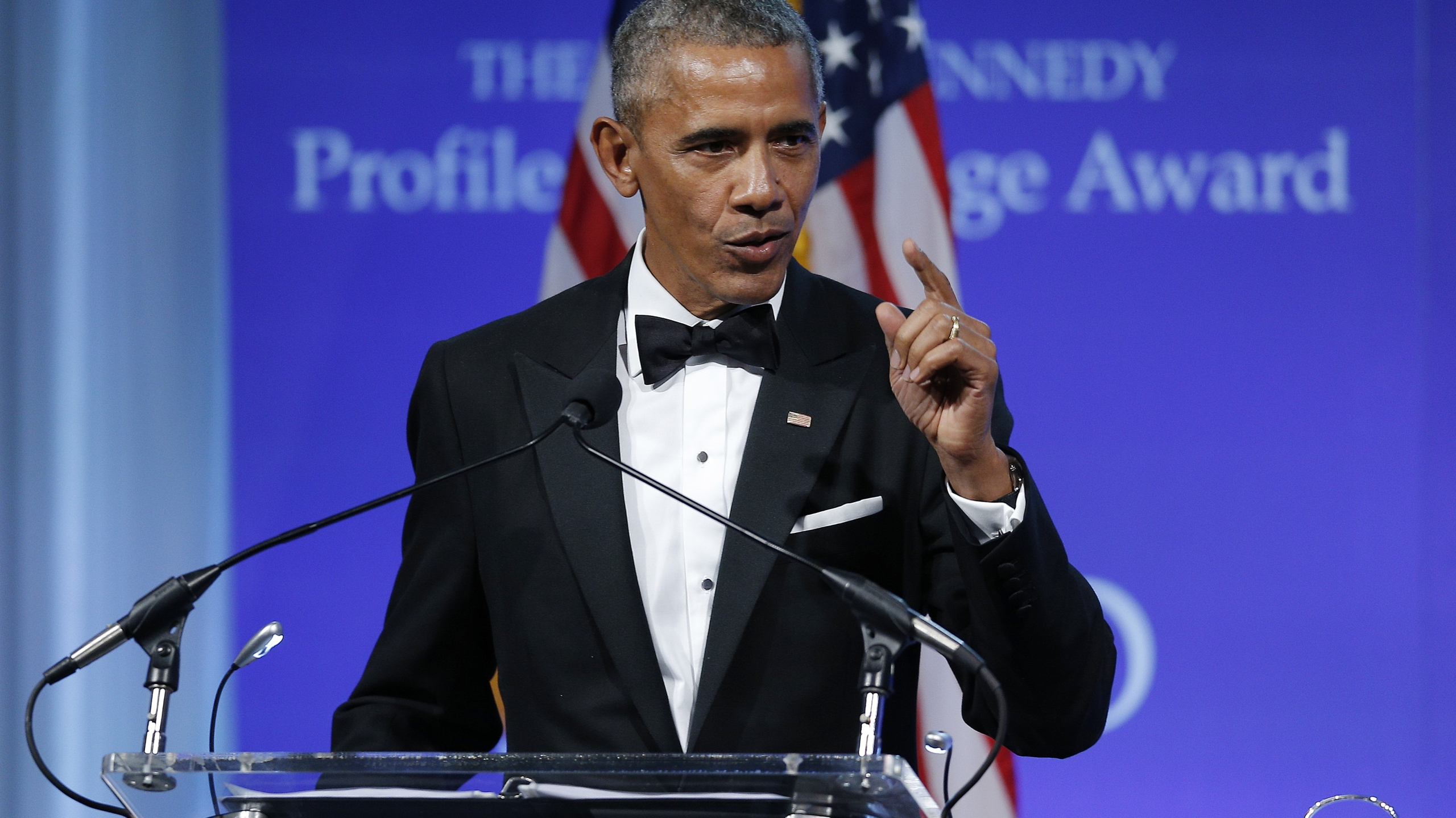 Barak Obama64032378-159532