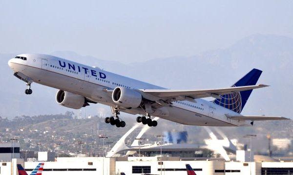 United Airlines plane_1494841474567.jpg