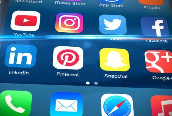 social media_1495477717608.jpg