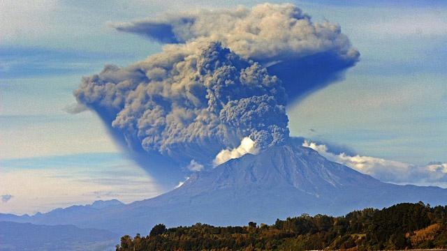Calbuco 3rd eruption_3268165867647845-159532