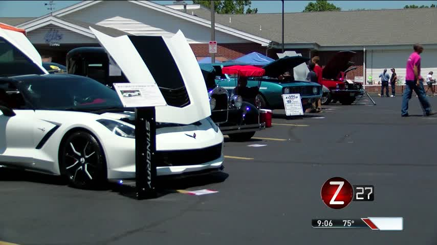 Car- Truck and Bike Shows Raises Money for Charity_58889732