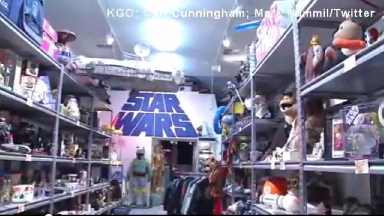 Star Wars memorabilia collection44975457-159532