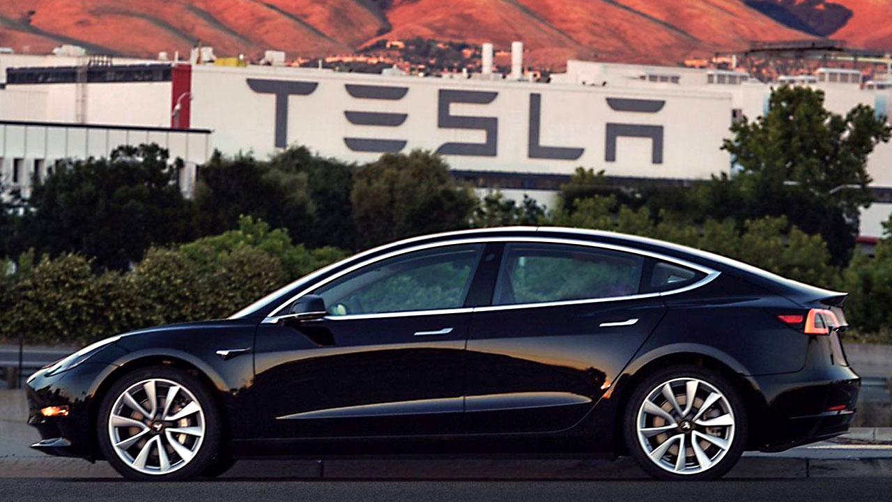 Tesla Model 3 release03727259-159532