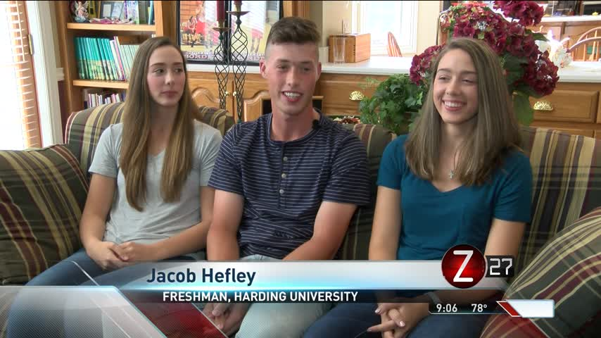Rogersville Triplets Go Off to College_55939315