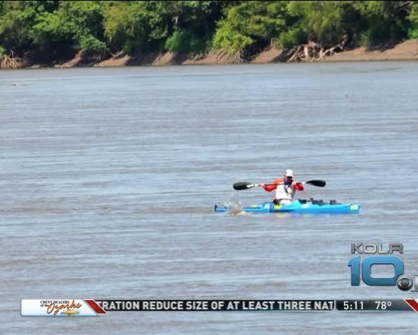 Taney County Deputy Wins Kayak Race_31463125