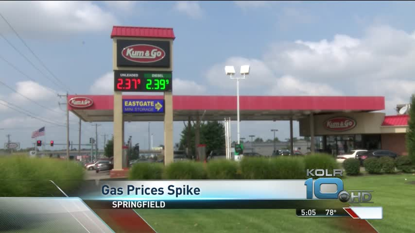 Gas Prices Spike for Labor Day Weekend After Harvey_05955164