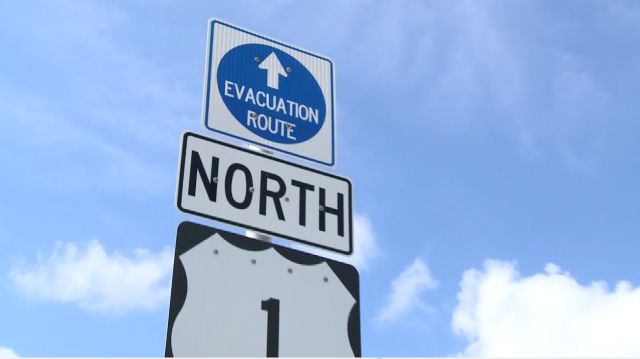 evacuation route sign_1504688843073.jpg