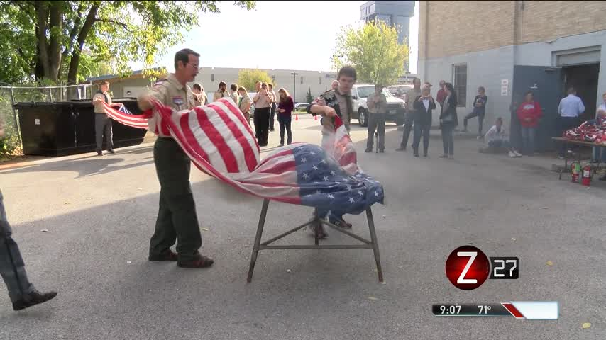 Boy Scouts Dispose of Nearly 200 Flags_03579141