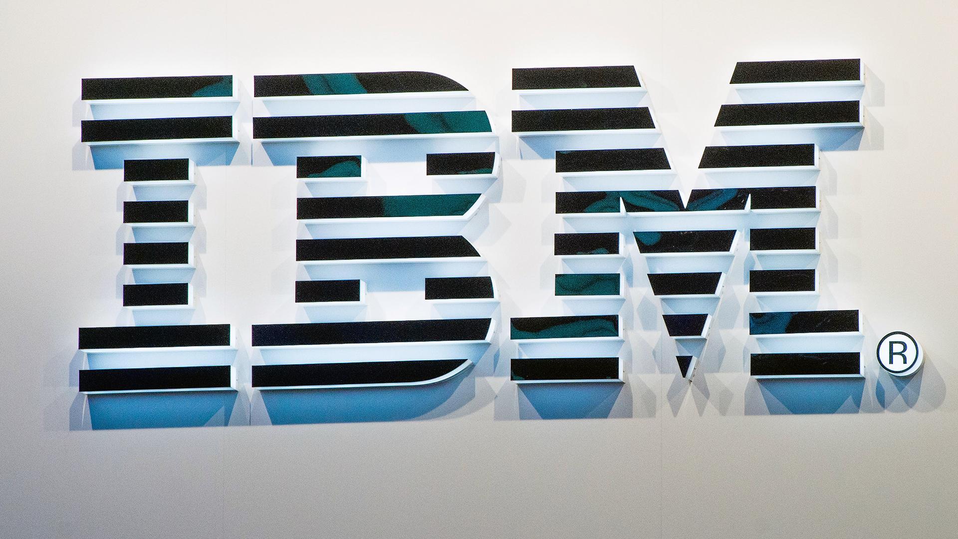 IBM sign-159532.jpg49883146