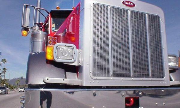 trucking_1493978837385.jpg