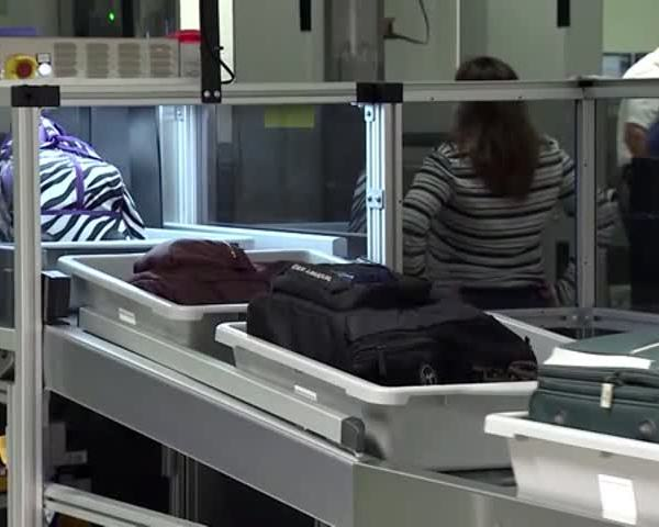 Homeland Security Reveals TSA Security Lapses_98744168