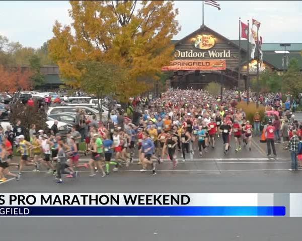 Thousands Run Through Springfield for Bass Pro Shops Maratho_15218090