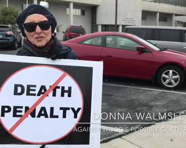 Web Extra- Woman Protests Death Penalty_41710358