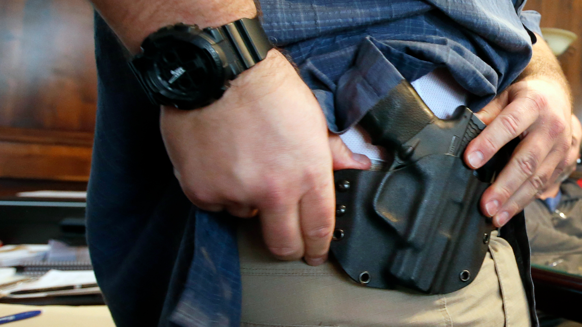 Concealed Carry Gun in Holster-159532.jpg49674361