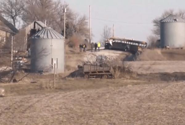 Iowa bus crash_1513126773603.png