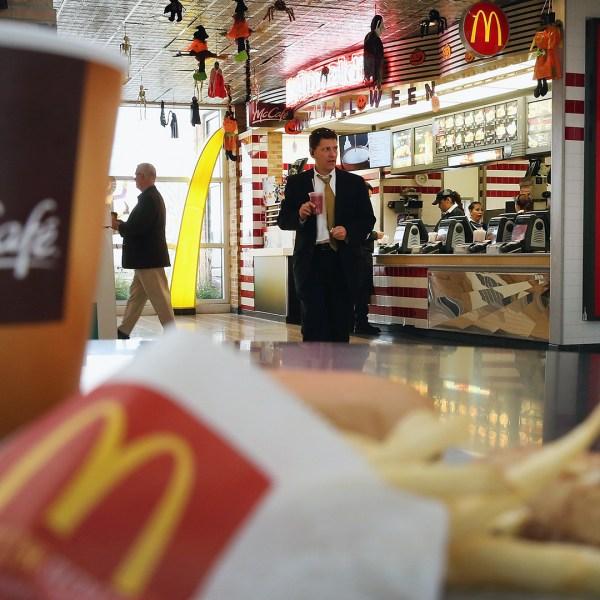 McDonald's restaurant and food-159532.jpg18519436