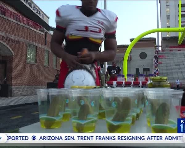 Why Athletes Are Turning to Pickle Juice_32387274