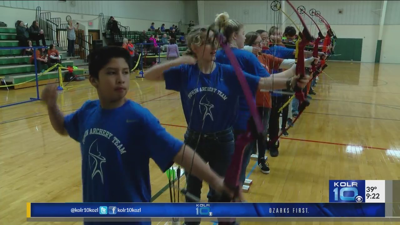 SPS_Holds_Archery_Tournament_for_Middle__0_20180110034013