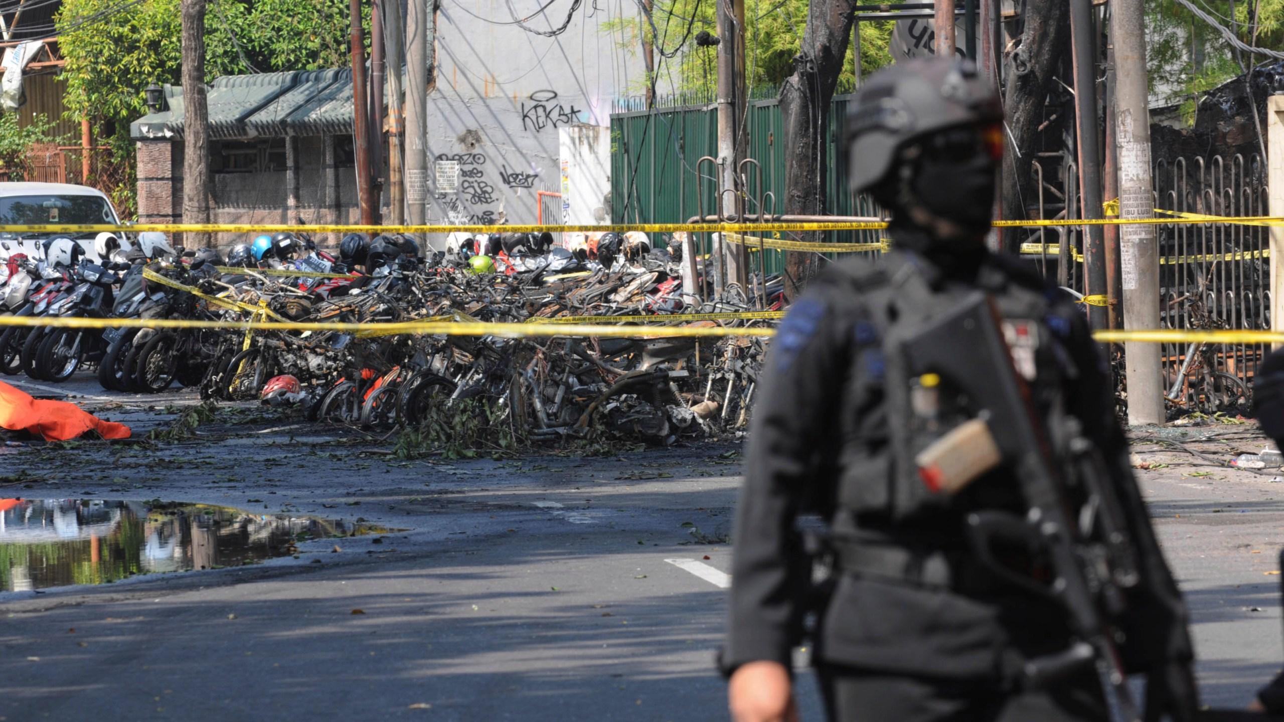 Indonesia_Church_Attacks_58179-159532.jpg70092978