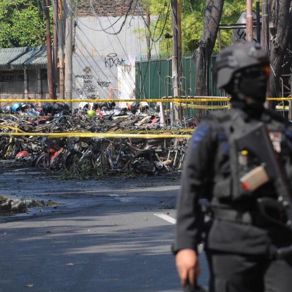 Indonesia_Church_Attacks_58179-159532.jpg70092978