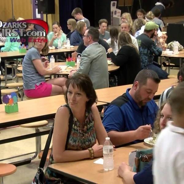 Nixa_Fourth_Graders_Open_Restaurant_0_20180503000929