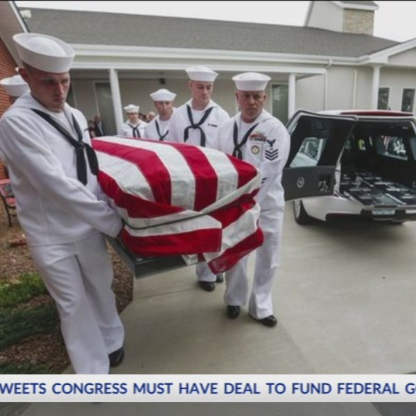Sailor_Killed_During_Pearl_Harbor_Laid_t_0_20180514022005