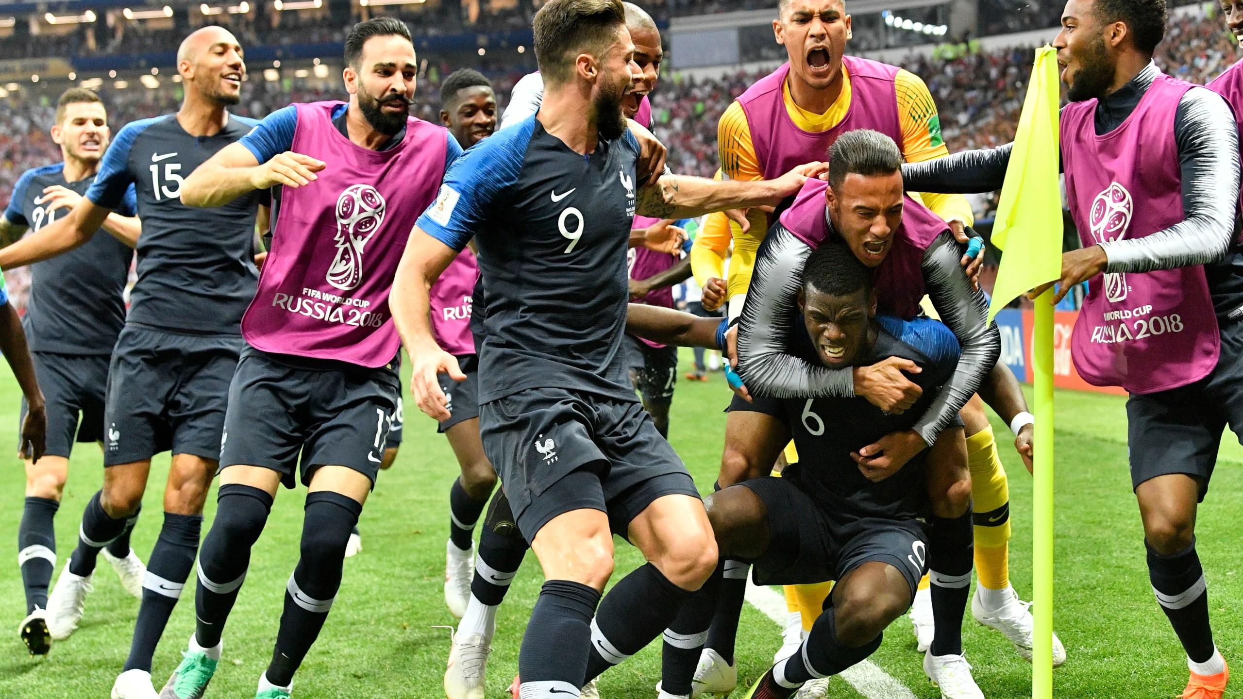 Russia_Soccer_WCup_France_Croatia_86902-159532.jpg87606017