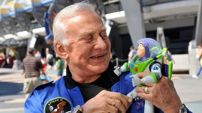 Buzz-Aldrin_20161209215544-159532