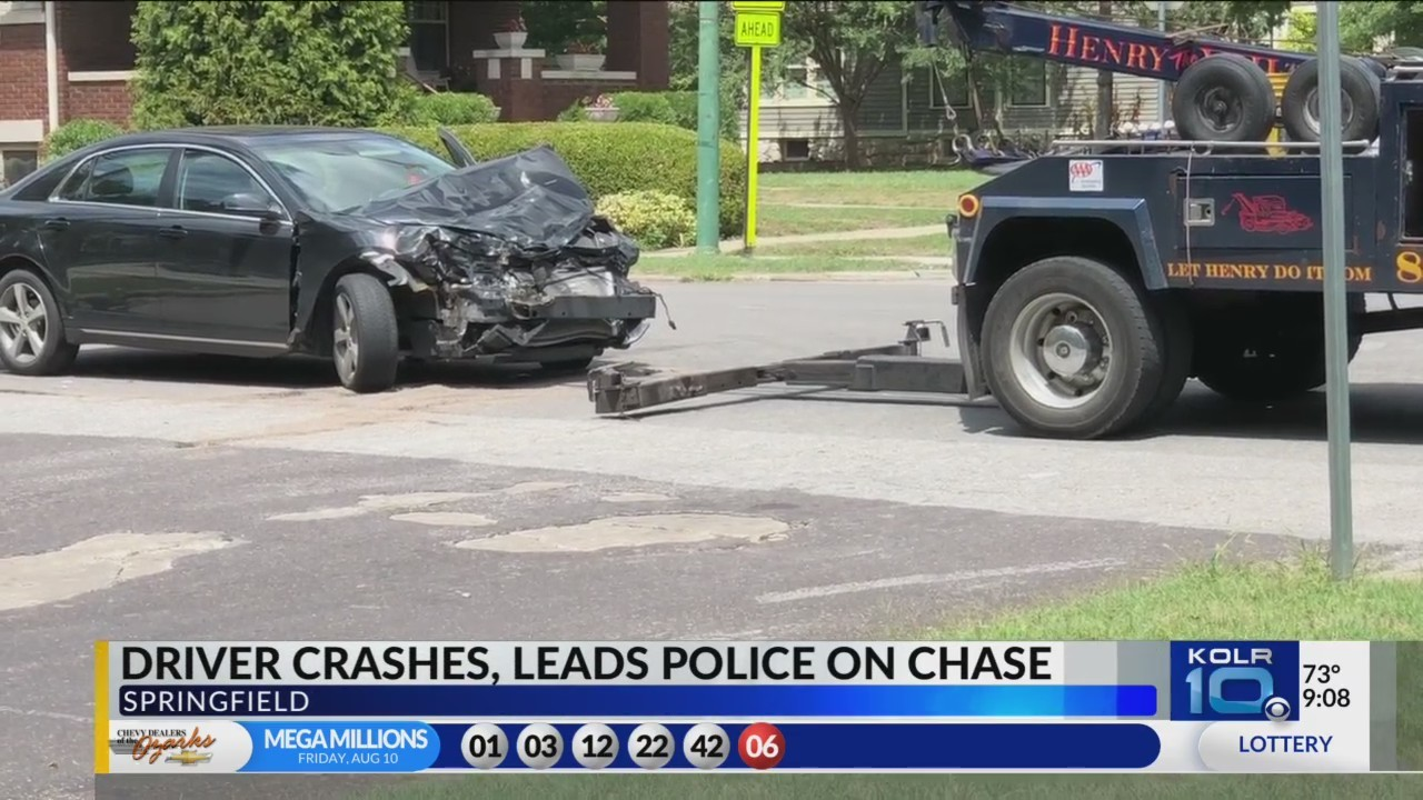 Forgery_Call_Leads_to_Four_Car_Crash_on__0_20180814022255