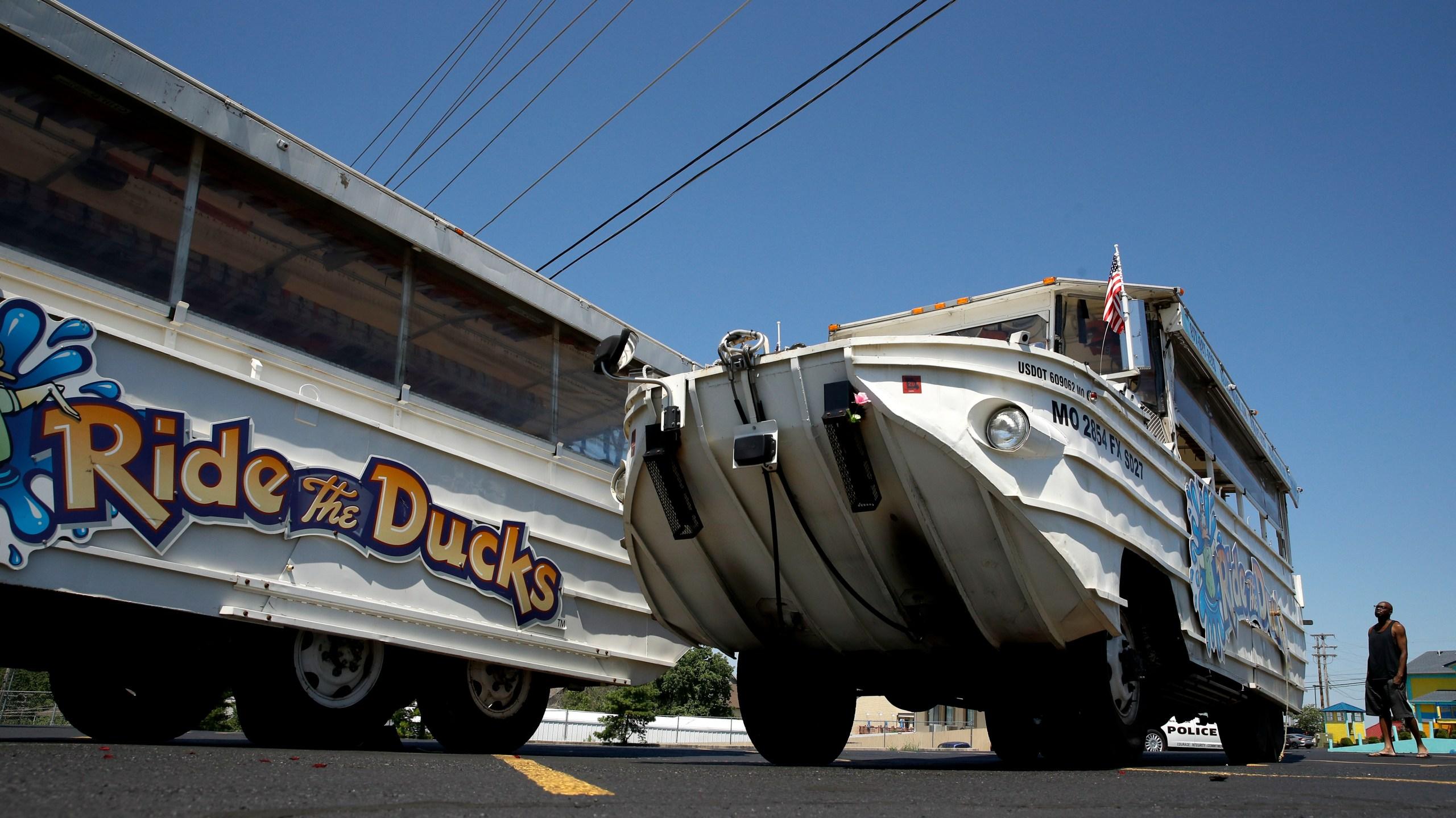 Missouri_Boat_Accident_39673-159532.jpg56425645