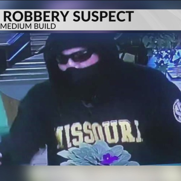 Armed_Robbery_at_Bank_in_Licking_0_20180904234753