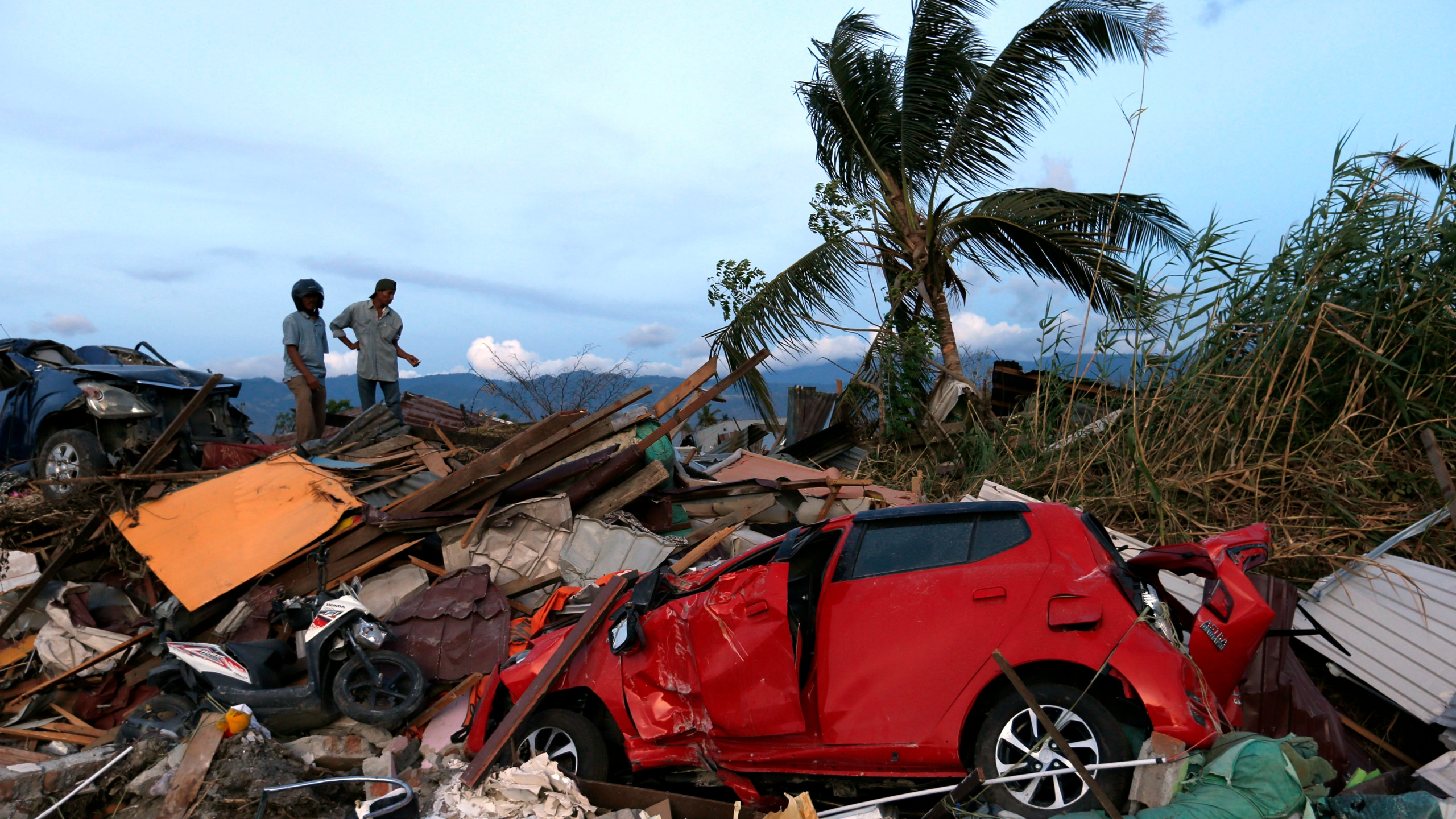 APTOPIX_Indonesia_Earthquake_00979-159532.jpg32157234